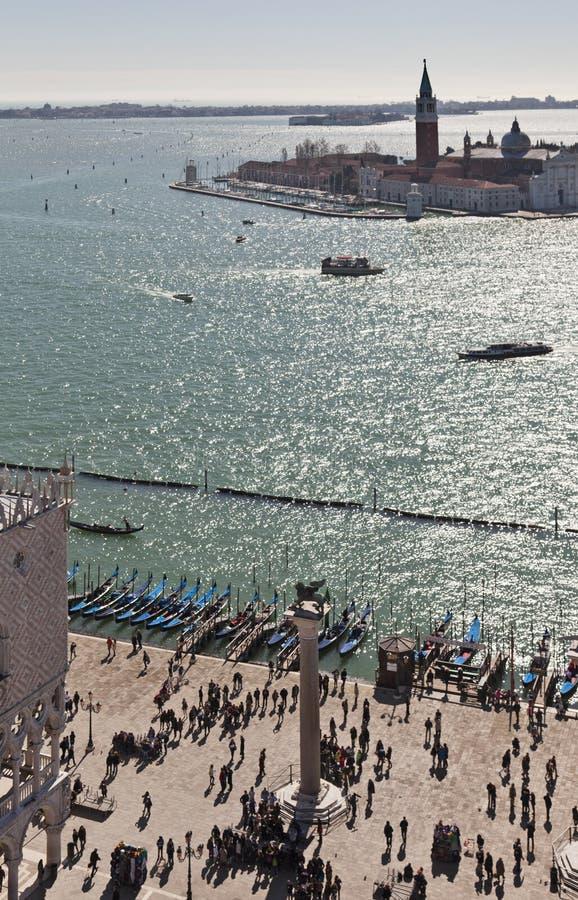 Mening over Isola Di San Giorgio Maggiore van de Campanile toren stock foto