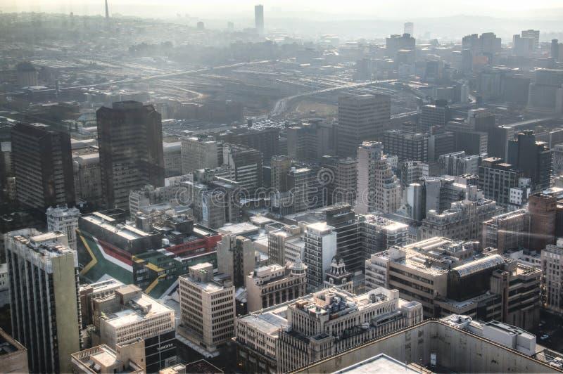Mening over Johannesburg van de binnenstad in Zuid-Afrika royalty-vrije stock afbeelding