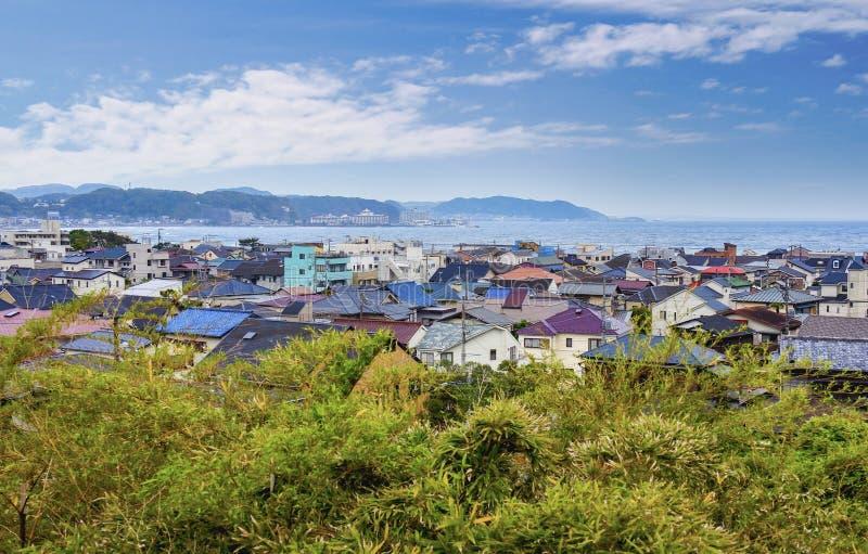 Mening over Kamakura-stad, Japan stock foto's