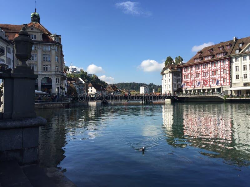 Mening over Luzerne stock afbeelding