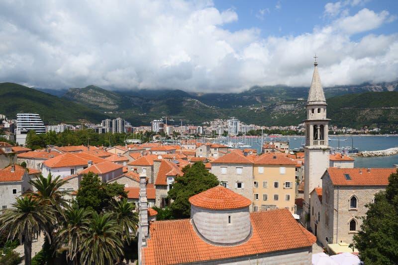 Mening over oude stad van Budva stock fotografie