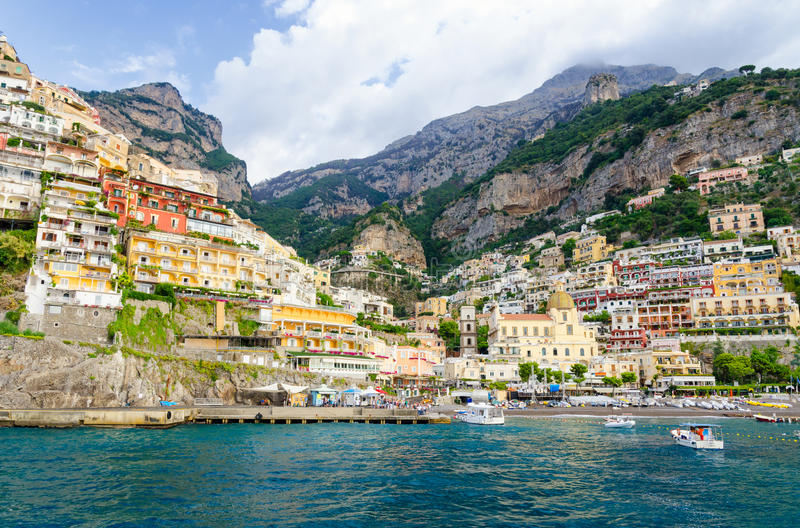 Mening over Positano op Amalfi kust, Campania, Italië royalty-vrije stock fotografie