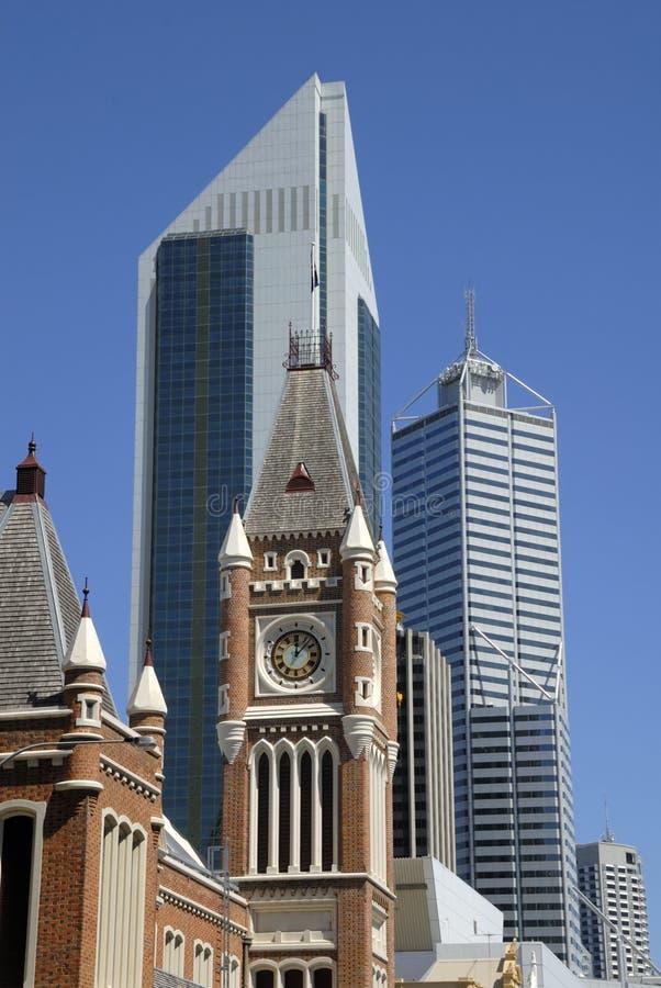 Mening in uit het stadscentrum Perth stock afbeeldingen