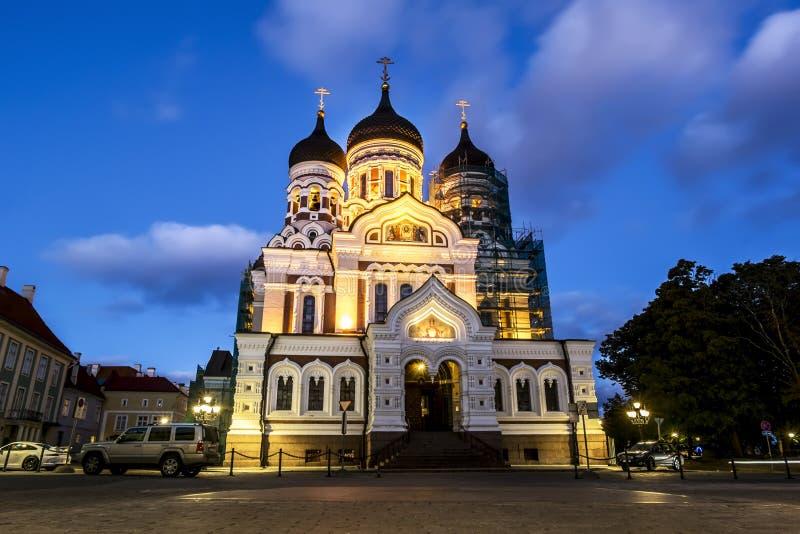 Mening van Alexander Nevsky Cathedral in Tallinn in de avond lig stock foto's