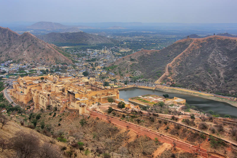 Mening van Amber Fort van Jaigarh-Fort in Rajasthan, India royalty-vrije stock fotografie