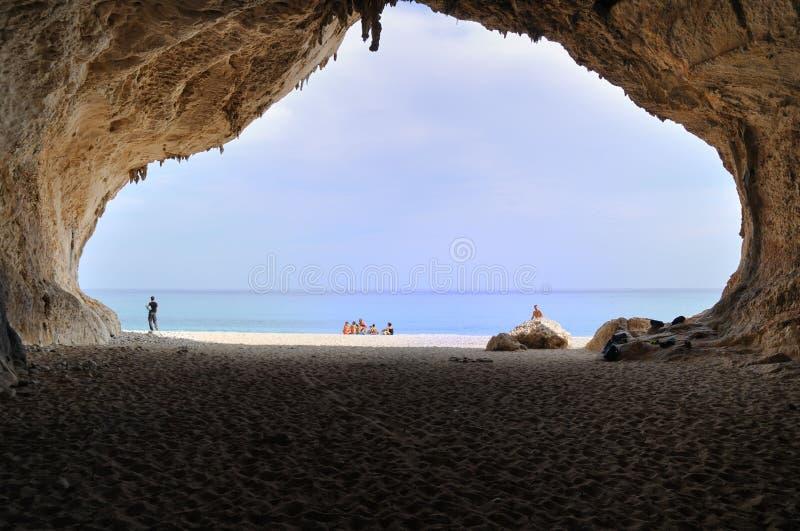 Mening van Cala Luna Cave stock afbeelding