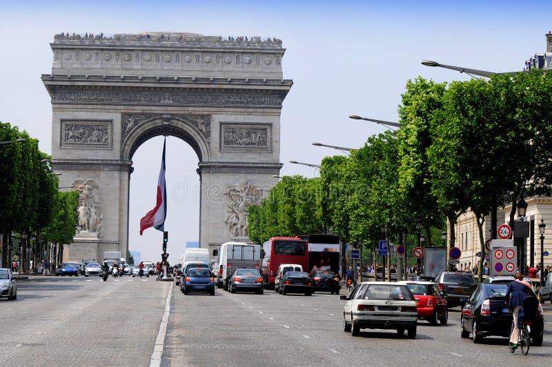 Mening van Champs Elysees - Arc DE Triomphe stock afbeeldingen