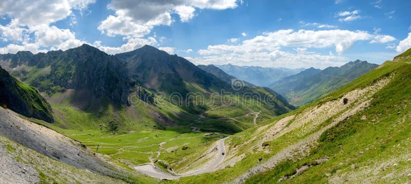 Mening van Col. du Tourmalet in de bergen van de Pyreneeën royalty-vrije stock afbeeldingen