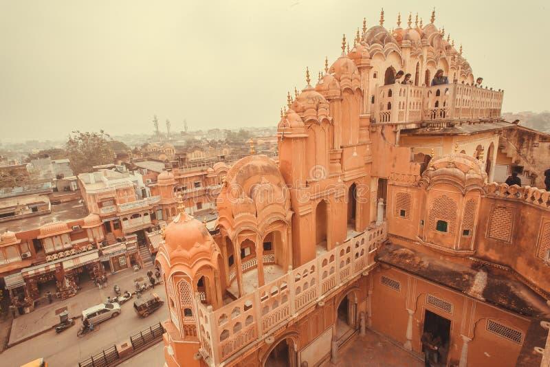 Mening van dak van Paleis van Winden, in 1799 in Jaipur, kapitaal wordt gebouwd van Rajasthan dat royalty-vrije stock afbeelding