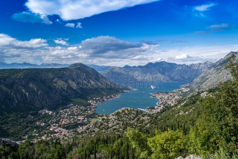 Mening van de baai van Kotor in Montenegro royalty-vrije stock foto's