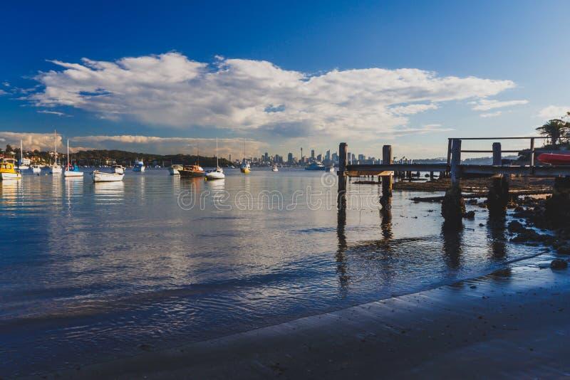 Mening van de Baai van Watson ` s in Sydney royalty-vrije stock afbeeldingen