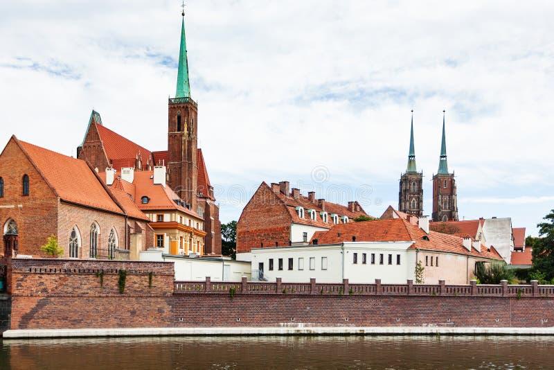 Mening van de bouw van Collegiale Kerk in Wroclaw royalty-vrije stock afbeeldingen