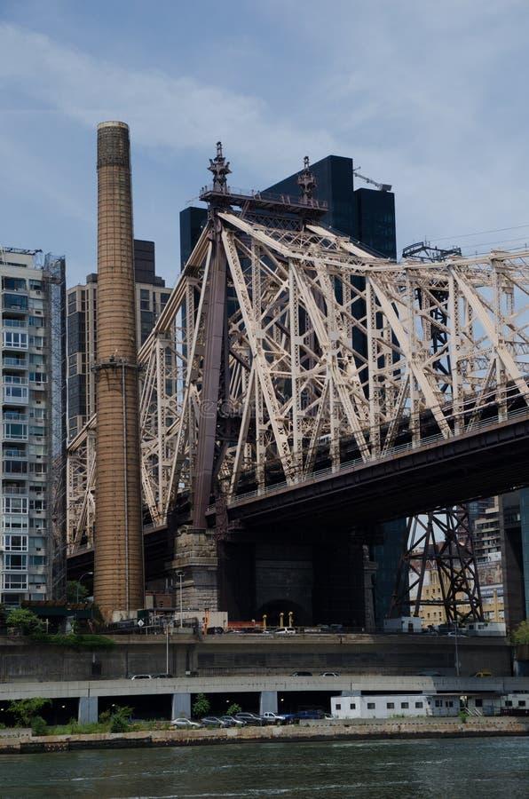 Mening van de Brug van ED Koch Queensboro van Manhattan aan Queens, stock afbeeldingen