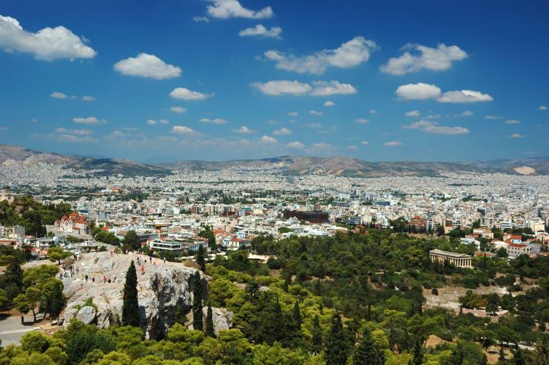 Mening van de daken van Athene en Areipagus heuvel, Griekenland royalty-vrije stock afbeeldingen