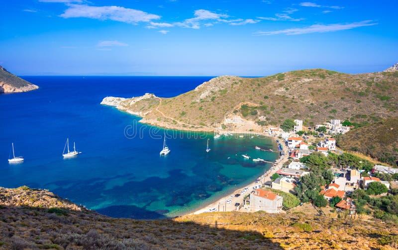 Mening van de golf van Porto Kagio, dichtbij de kaap van Tainaro, de Peloponnesus royalty-vrije stock afbeelding