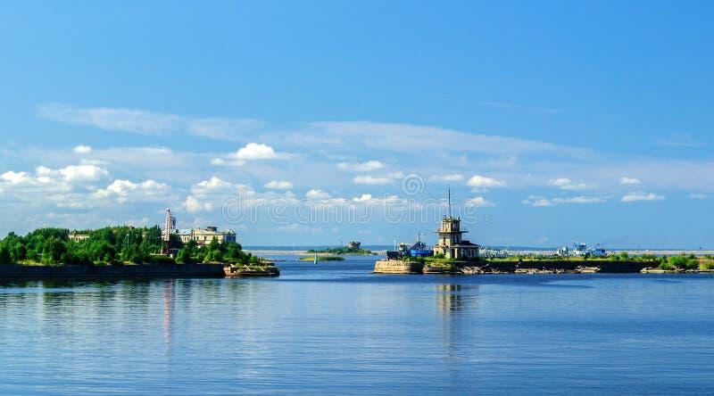 Mening van de handelaarshaven in Kronstadt royalty-vrije stock fotografie