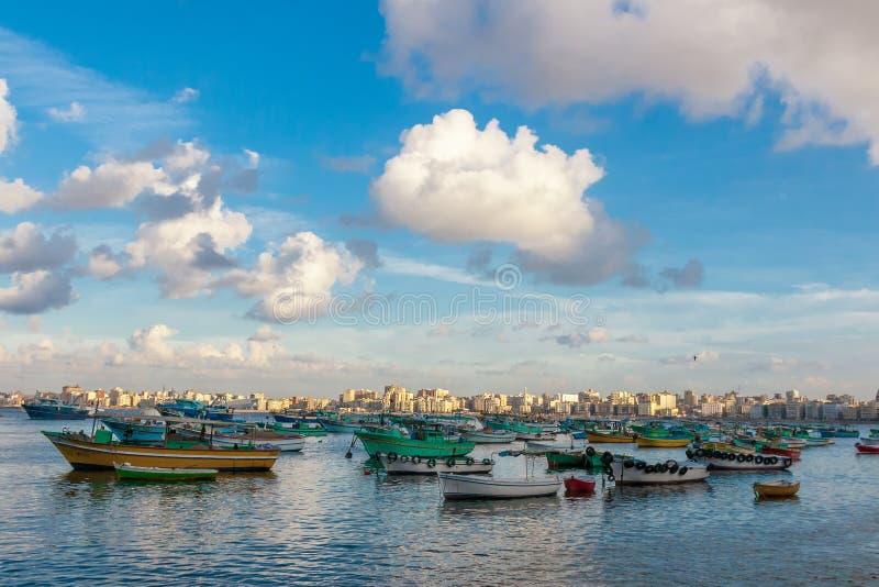 Mening van de haven van Alexandrië stock fotografie
