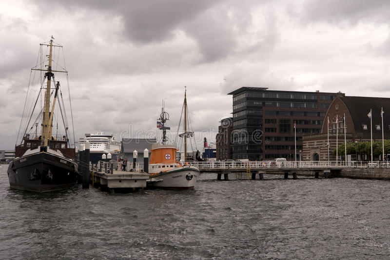 Mening van de haven van Kiel in Duitsland royalty-vrije stock afbeelding