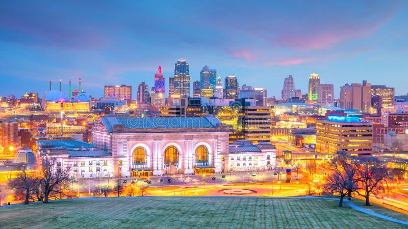 Mening van de horizon van Kansas City in Missouri stock foto