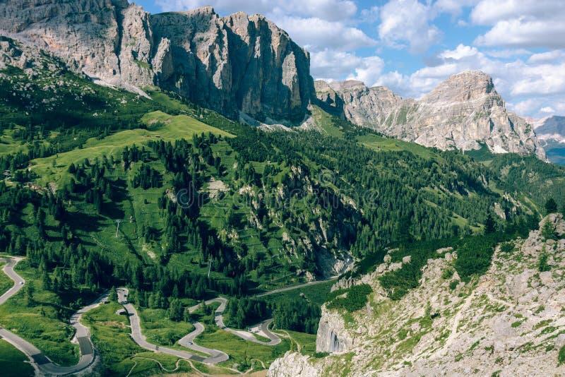 Mening van de Italiaanse Alpen royalty-vrije stock afbeeldingen