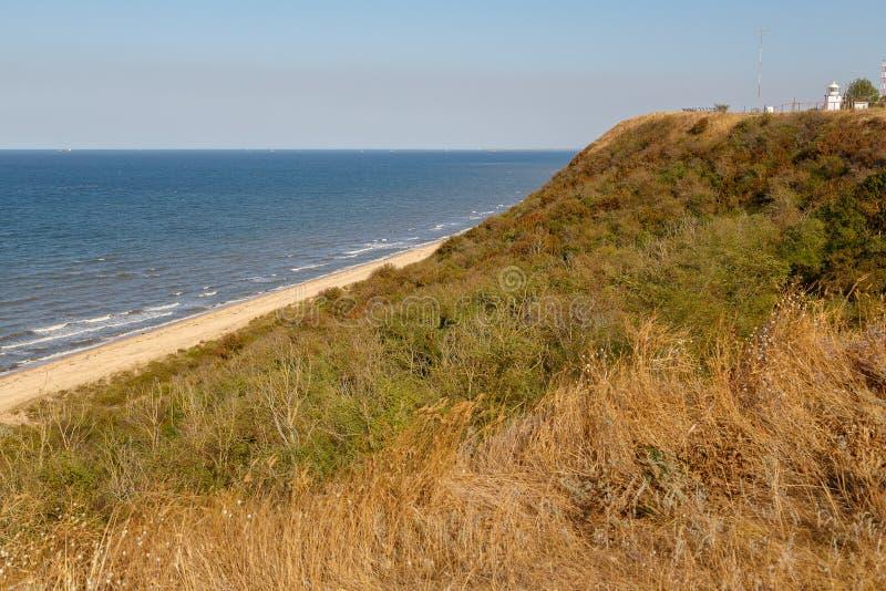 Mening van de kust van het Overzees van Azov stock afbeeldingen