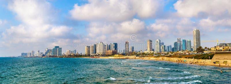 Mening van de Mediterrane waterkant in Tel Aviv royalty-vrije stock foto