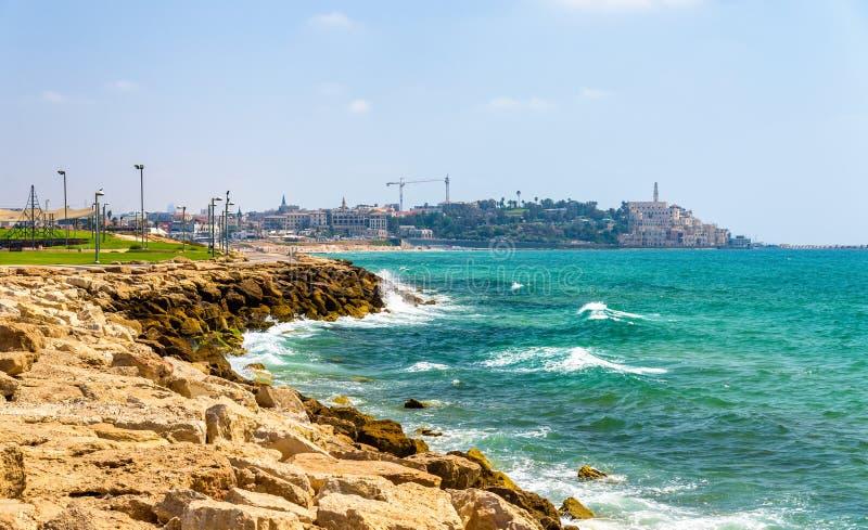 Mening van de Mediterrane waterkant in Tel Aviv royalty-vrije stock afbeelding