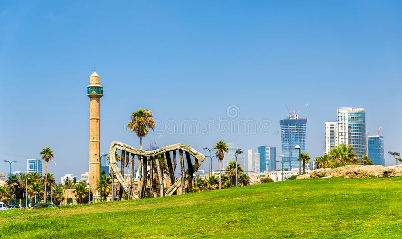 Mening van de Mediterrane waterkant in Tel Aviv stock afbeelding