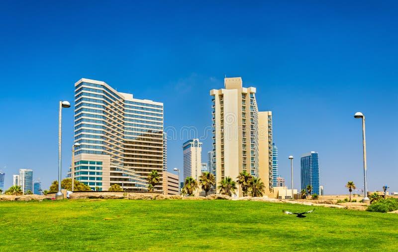 Mening van de Mediterrane waterkant in Tel Aviv royalty-vrije stock afbeeldingen