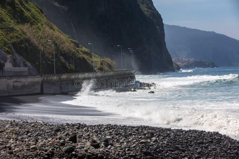 Mening van de Noordelijke kustlijn van Madera, Portugal stock fotografie