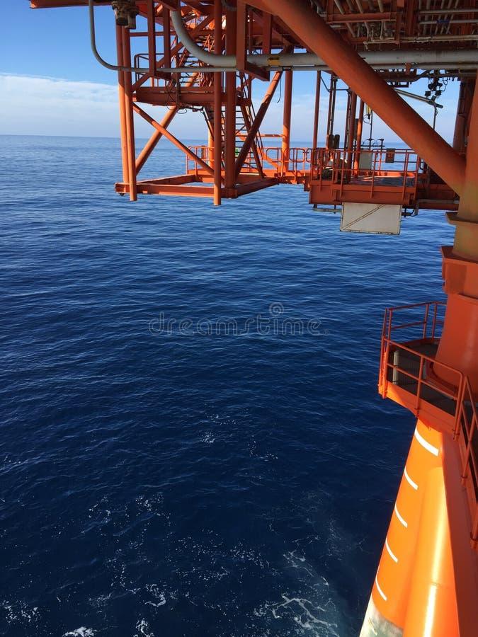 Mening van de oceaan van het dek royalty-vrije stock afbeeldingen