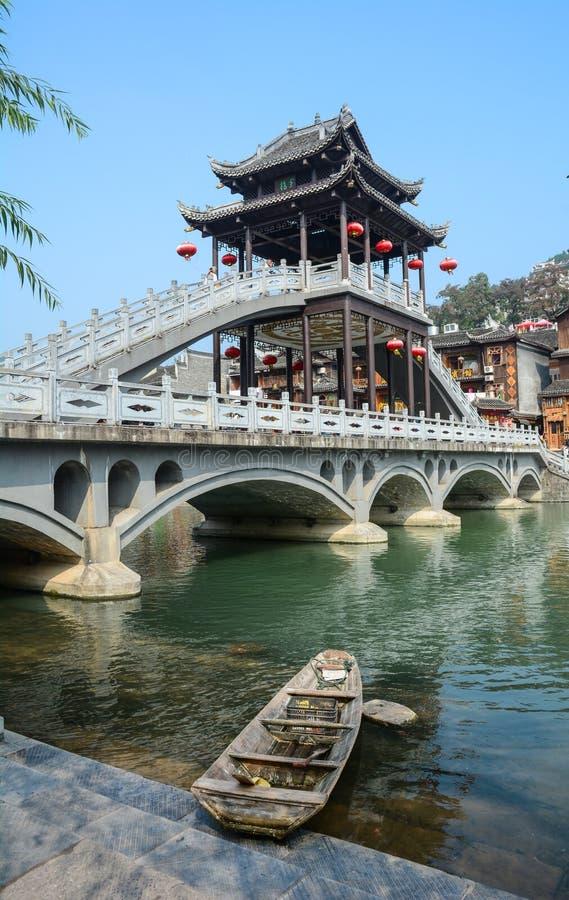 Mening van de Oude stad van Fenghuang, China stock foto's