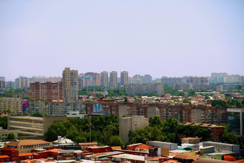 Mening van de stad van Krasnodar stock foto