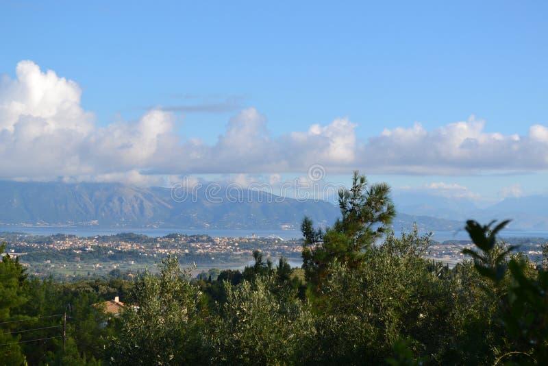Mening van de stad van Korfu stock foto's
