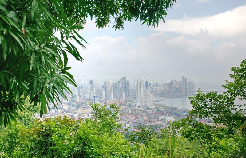 Mening van de stad van Panama van heuvel Ancon stock foto's
