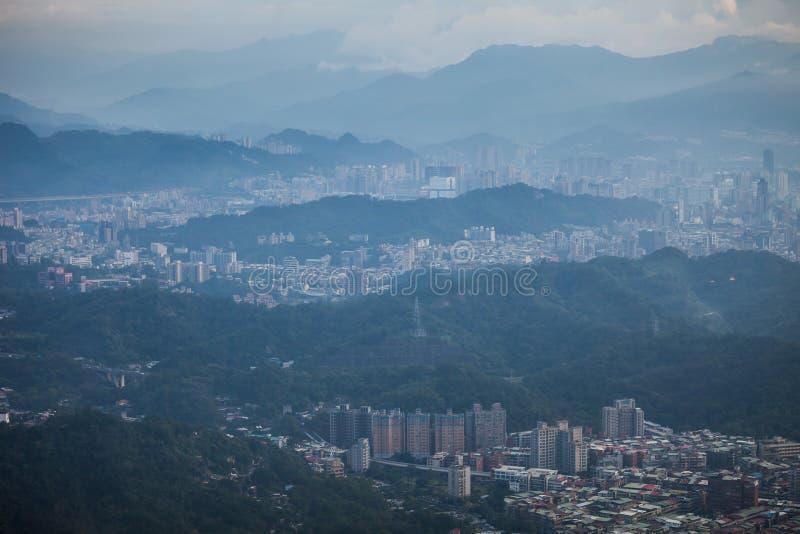 Mening van de stad van Taipeh in Taiwan royalty-vrije stock foto