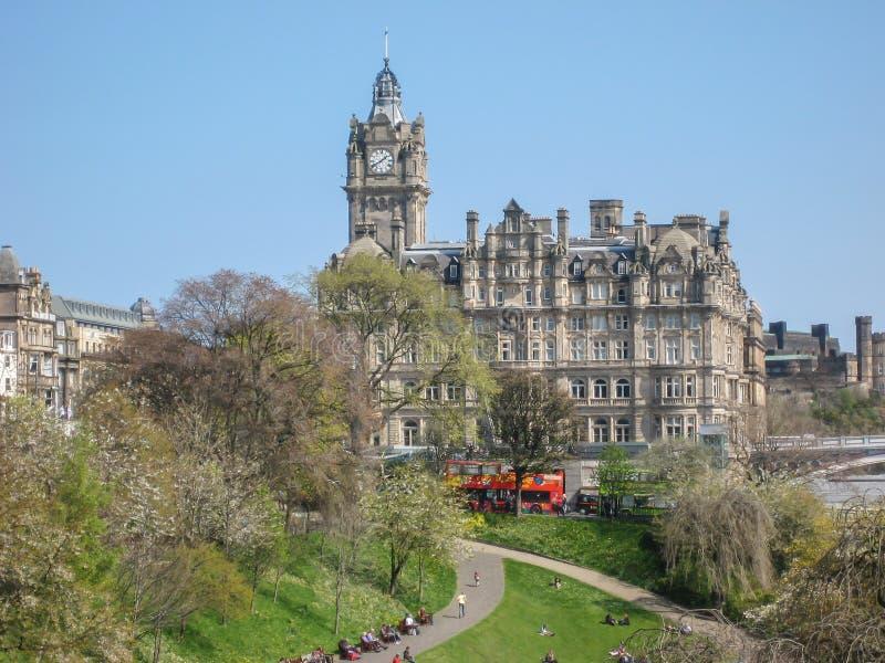 Mening van de stadscentrum van Edinburgh stock fotografie
