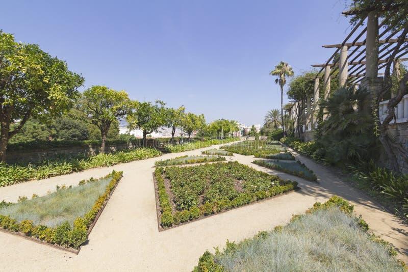 Mening van de tuin van Teatre Grec, in Barcelona Spanje stock afbeeldingen