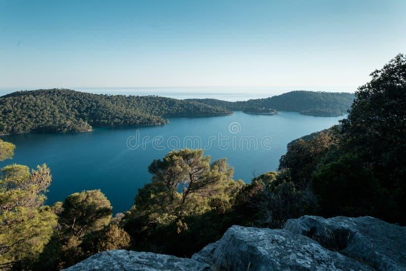 Mening van een aardig meer in Kroatië royalty-vrije stock afbeelding