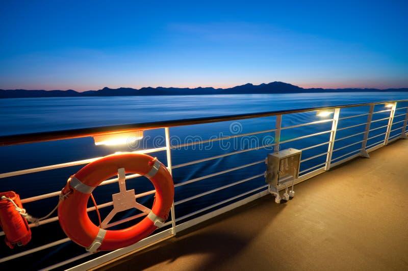 Mening van een cruiseschip stock fotografie