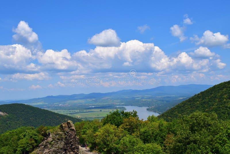 Mening van een heuvel op de Donau in Hongarije 2 royalty-vrije stock fotografie