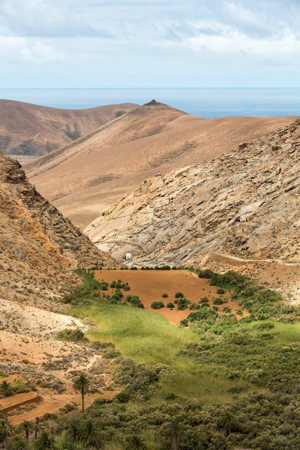 Mening van een landschap van Fuerteventura van Vooruitzicht Risco DE las Penas stock fotografie