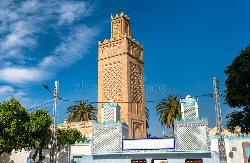 Mening van een moskee in Oran, Algerije stock afbeelding