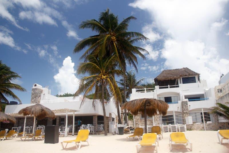Mening van een stil terras in Playa del Carmenstrand, Mexico royalty-vrije stock foto