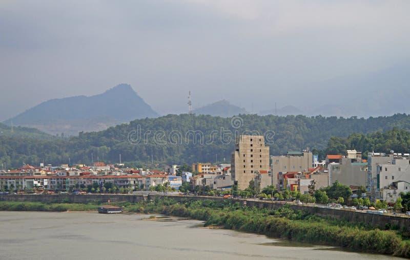 Mening van grenssteden Lao Cai en Hekou royalty-vrije stock fotografie