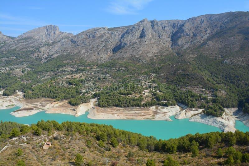 Mening van Guadalest Kasteel in Spanje stock fotografie