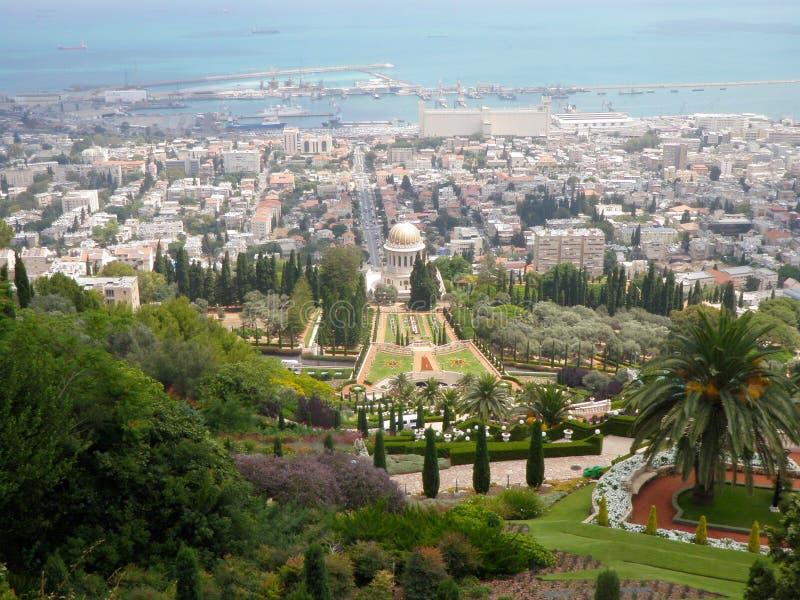 Mening van Haifa en haven de van de binnenstad en de baai van Haifa stock foto's