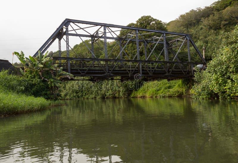 Mening van Hanelei-brug van de rivier stock foto's