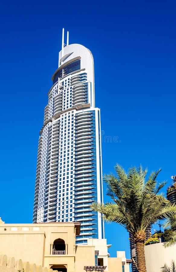 Mening van het Adreshotel Van de binnenstad in Doubai stock fotografie