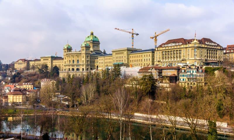 Mening van het Federale Paleis van Zwitserland (Bundeshaus) stock afbeelding